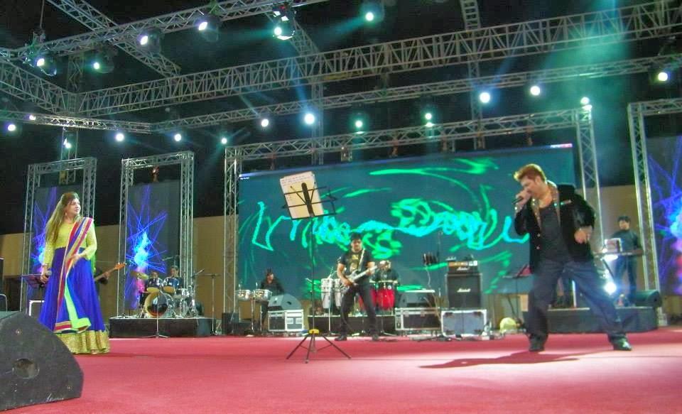 kumar-sanu-and-alka-yagnik-live-in-concert